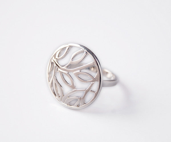 R33 - Sterling Ring Round Open Leaf