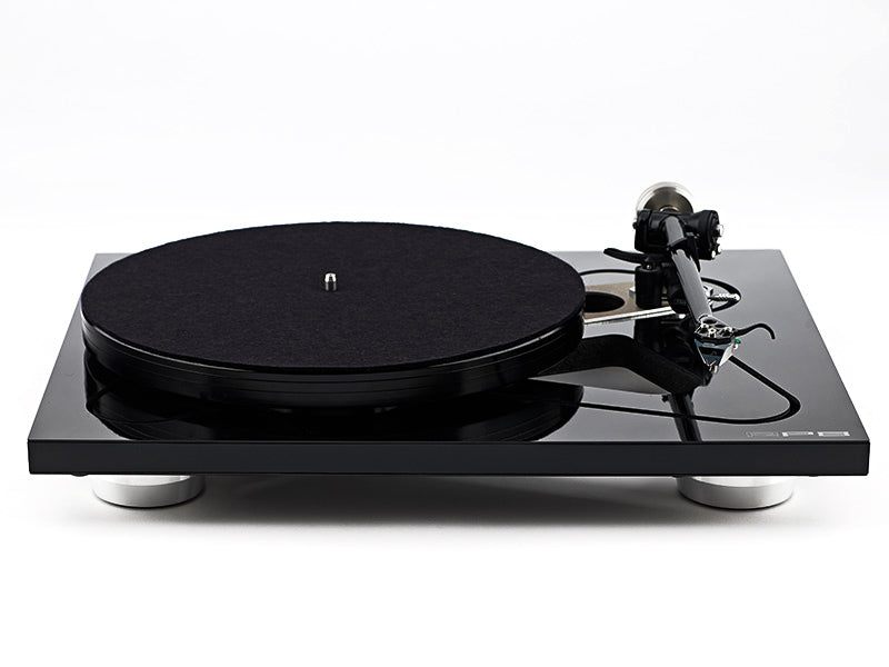 Rega RP8 Turntable with Apheta 2 Cartridge and TT-PSU