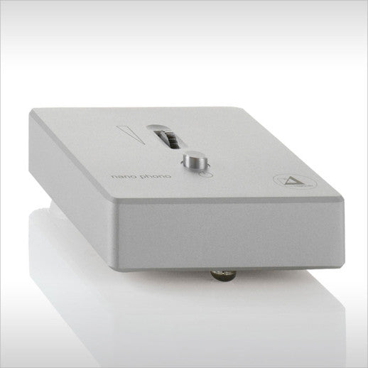 Clearaudio Nano V2 MM/MC Phono Preamplifier