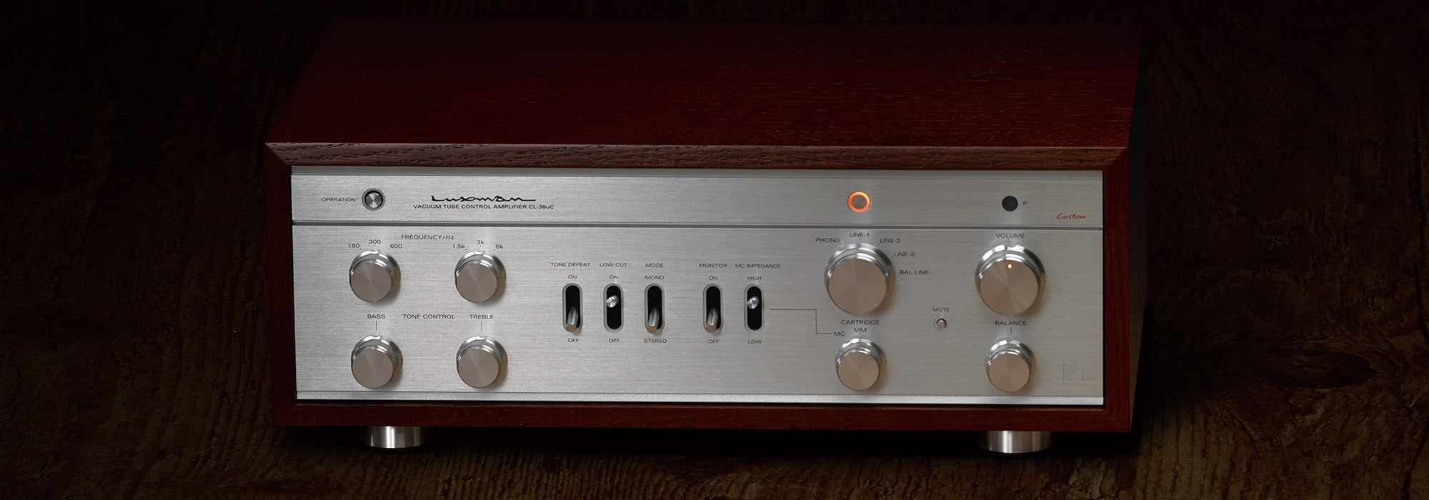 Luxman CL-38uC Vacuum Tube Amplifier