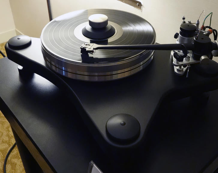 "VPI Prime Turntable with 10"" 3D Tonearm"