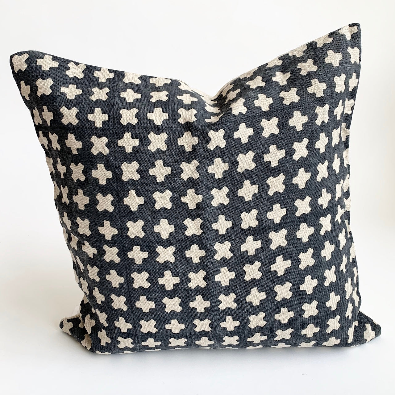 Eden Pillow, Black