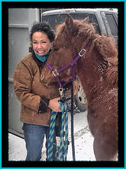 nanci kezar founder of tailored west with her horse