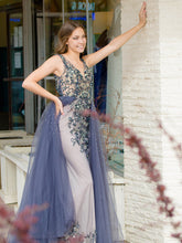 Load image into Gallery viewer, Exclusive Beaded Formal Gown - Size 4
