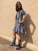 Load image into Gallery viewer, Neenya Dress - Houndstooth