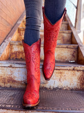 Load image into Gallery viewer, Red Embroidery Pointed Toe Boots