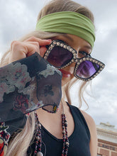 Load image into Gallery viewer, Blingy Square Frame Sunglasses - Black
