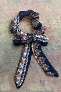 TW Scrunchie-Paisley Tea Party