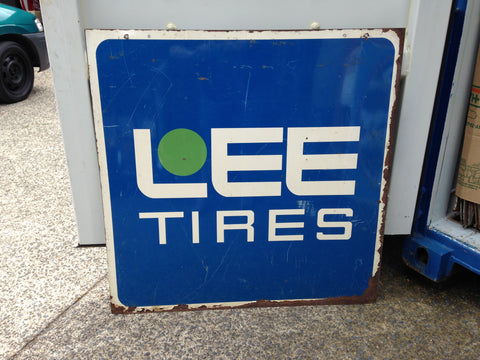 LEE Tires Sign