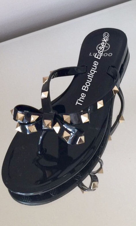 ROCK STUD BLACK SANDALS