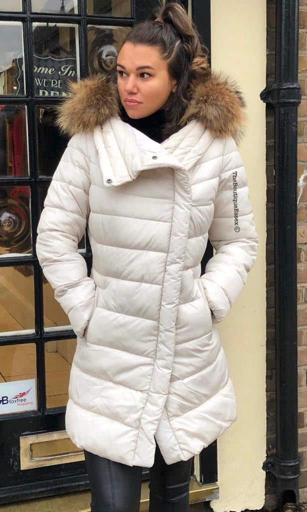 PORCHA CREAM FUR HOOD COAT