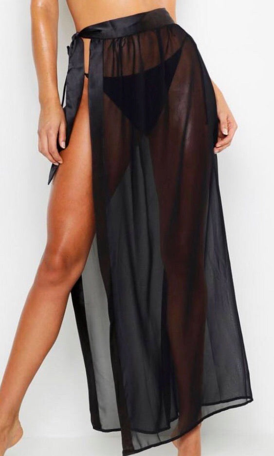 TILLY BLACK BEACH SKIRT