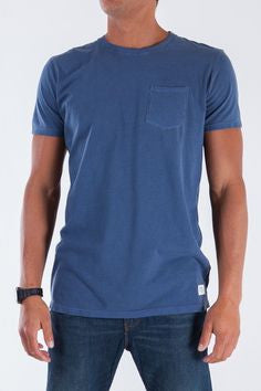 KATIN BASE POCKET TEE - NAVY