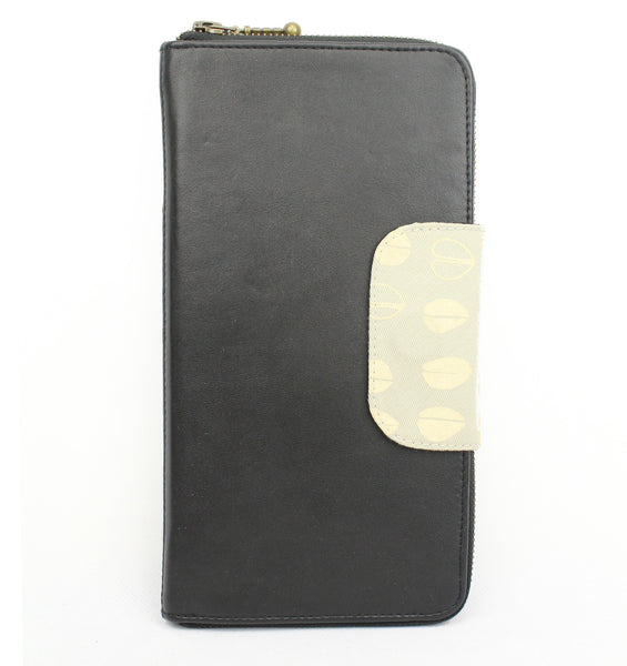 Belize Travel Wallet in espresso