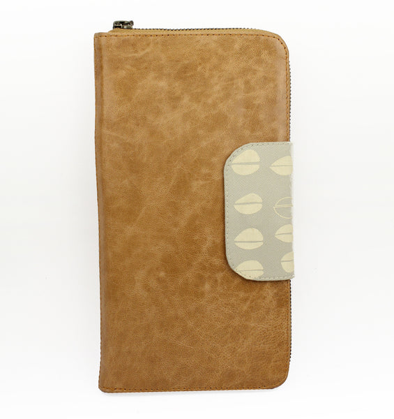 Belize Travel Wallet in honey