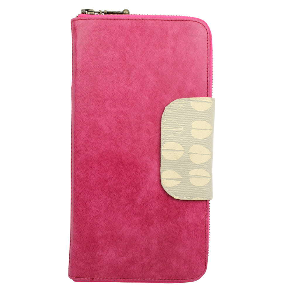 Belize Travel Wallet in pomegranite