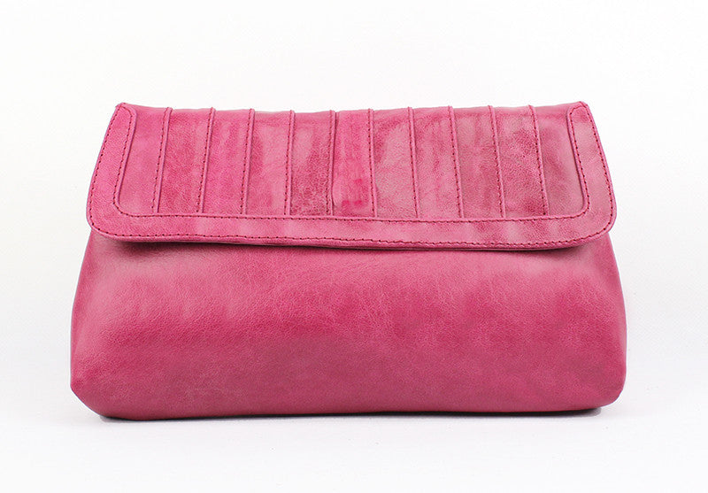 New York Clutch in pomegranite