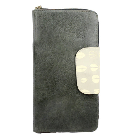 Belize Travel Wallet in Licorice