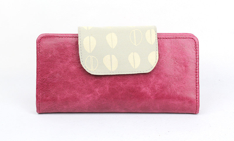 Zurich Purse in pomegranite