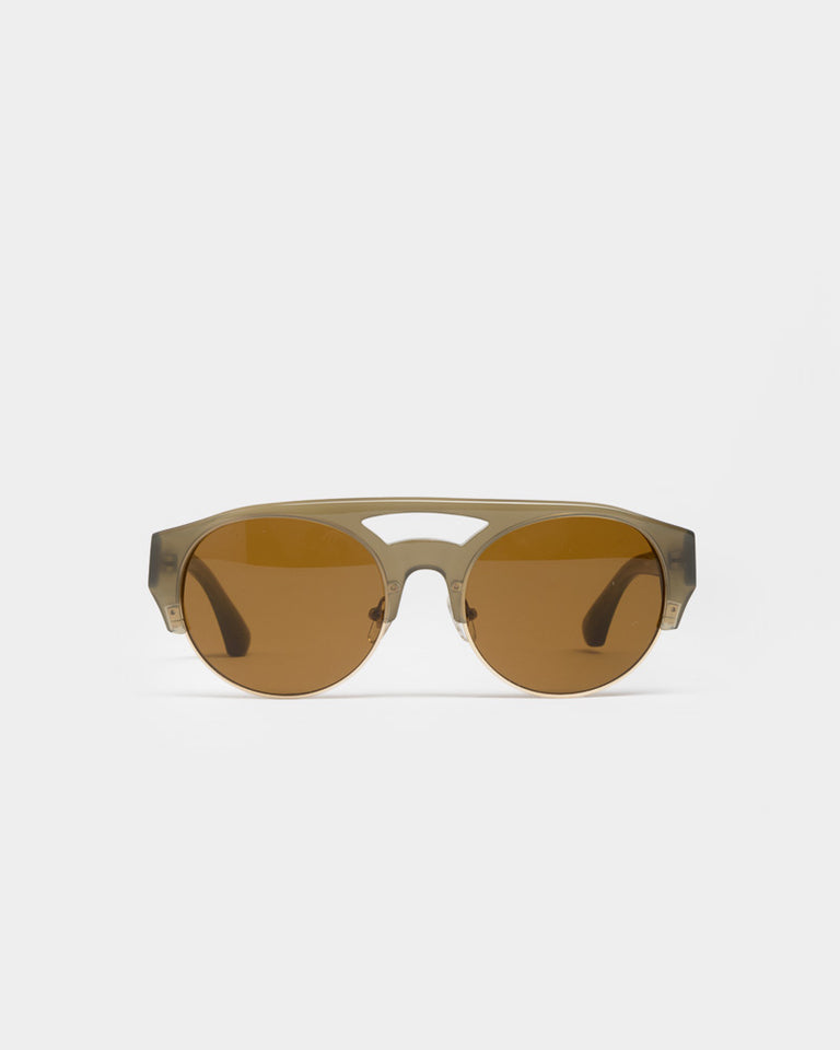 Sunglasses in Taupe / Matte Gold / Olive Green