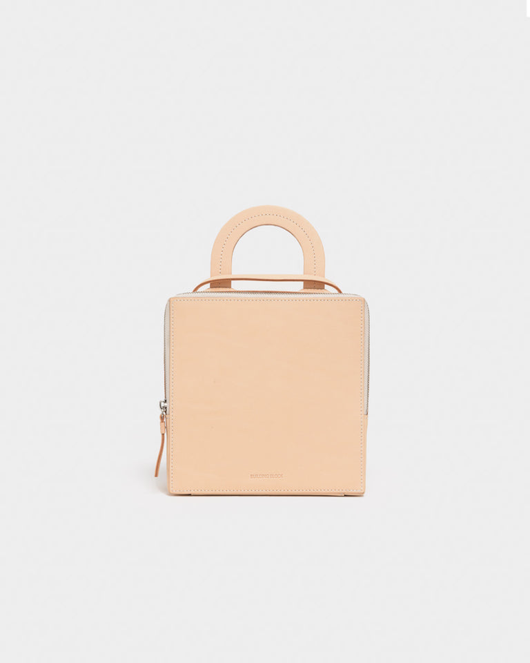 Box Bag in Veg Tan