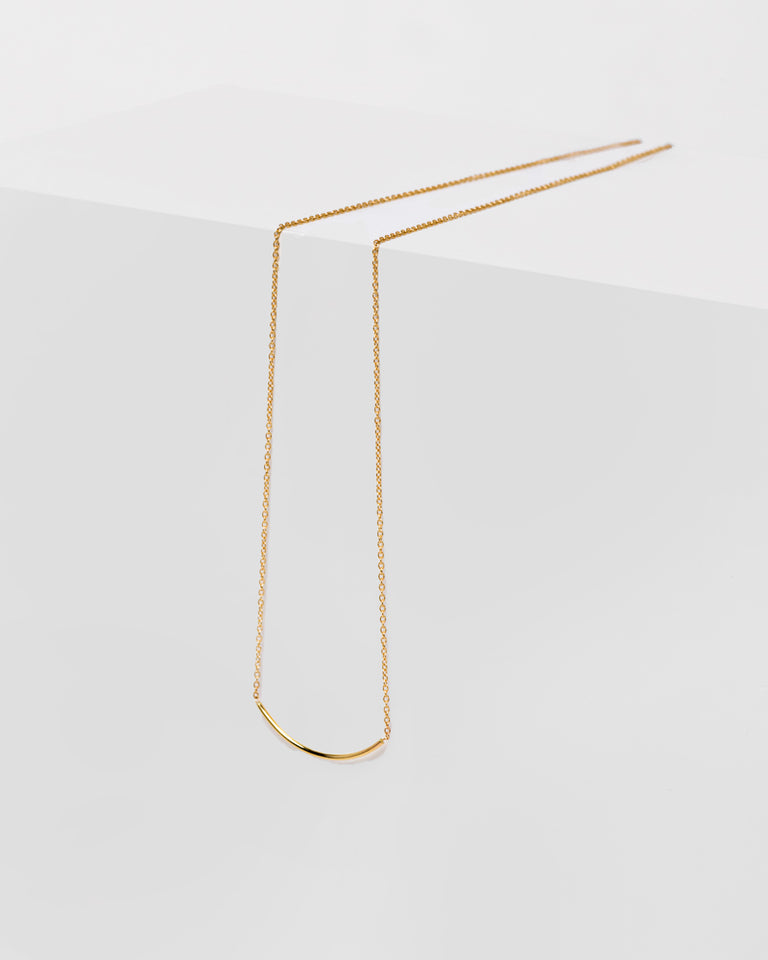 Thread Arc Necklace in 14k Gold