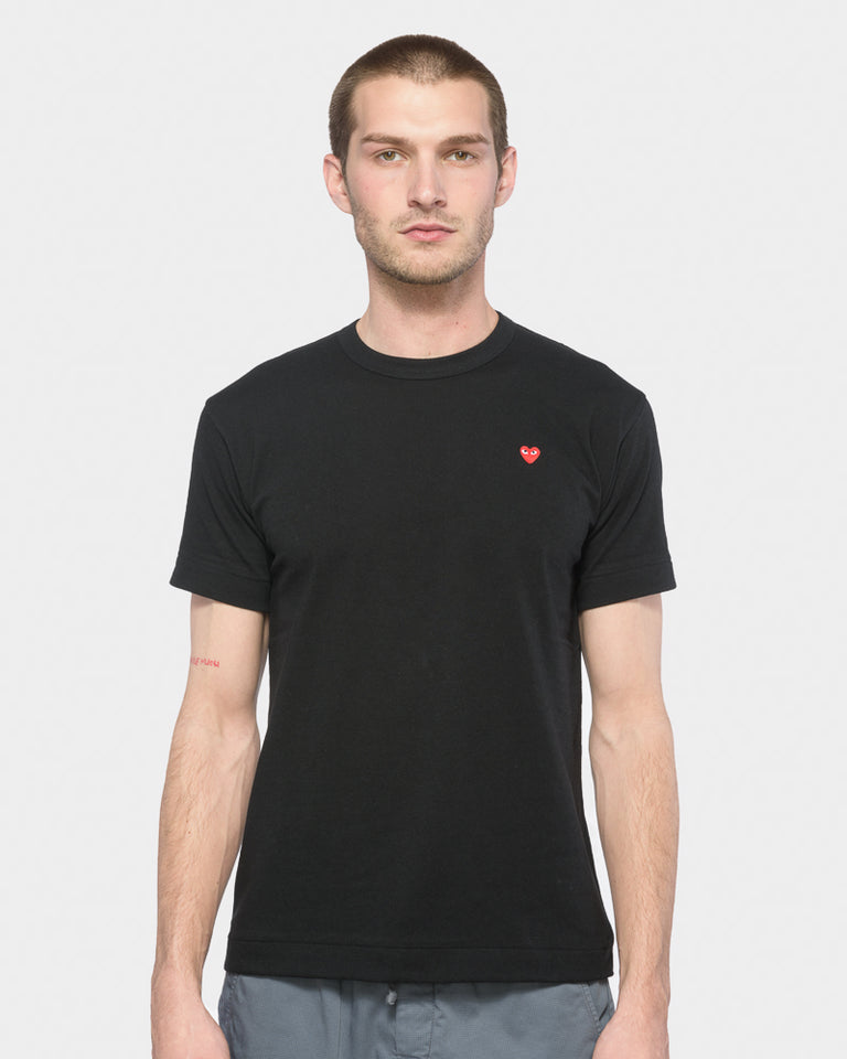 Red Heart T-Shirt in Black