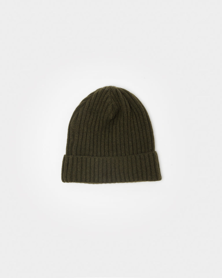 Cashmere Beanie in Olive