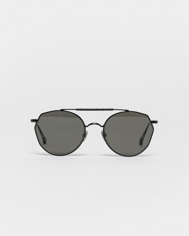 Carree Sunglasses in Matte Black