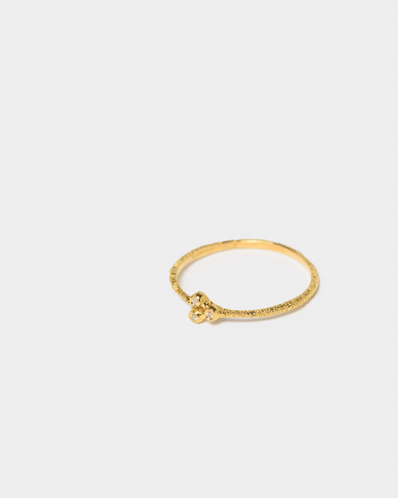 Ring in 18K Yellow Gold with White Diamonds