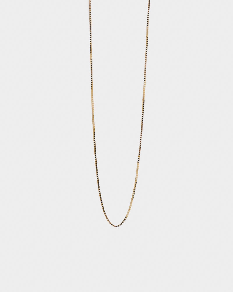 "Thread Necklace 18"" in 14k Gold"