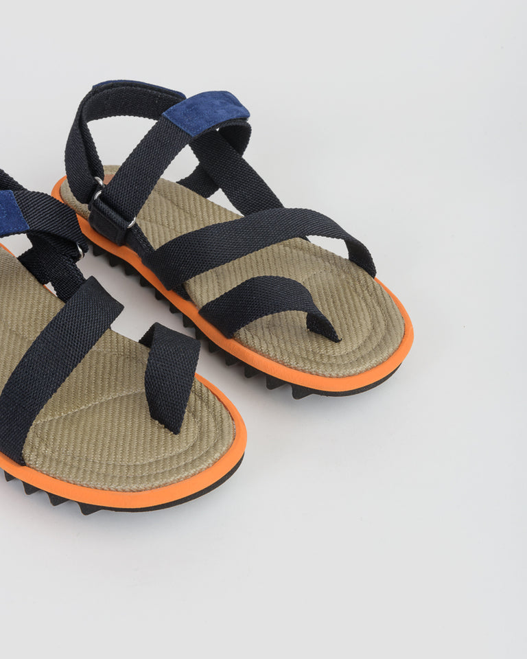 Sandal in Navy