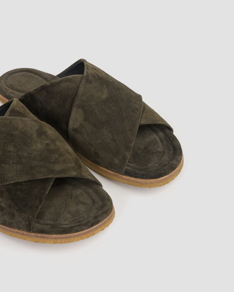 Suede Slippers in Kaki