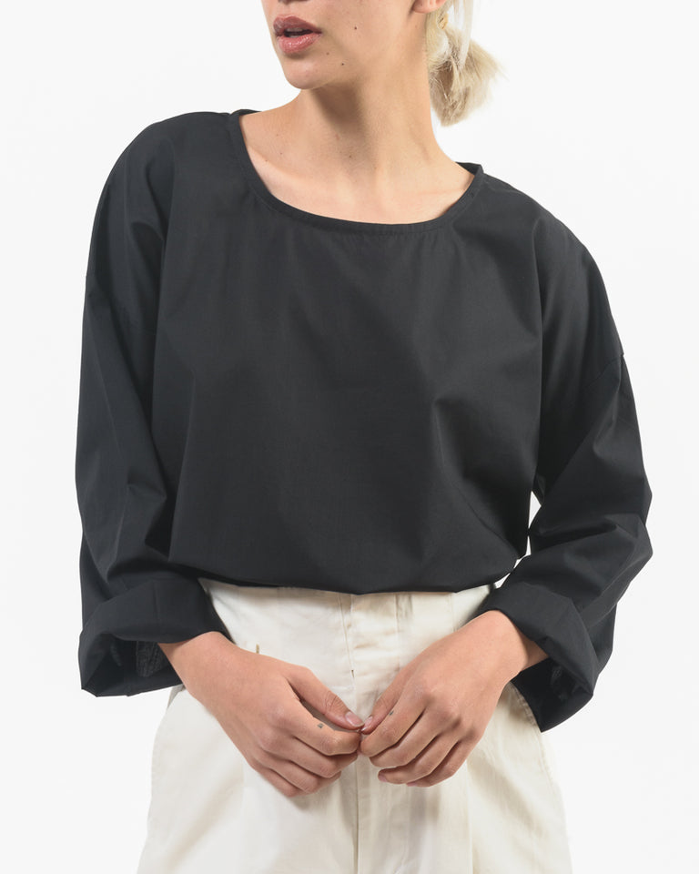 Simple Top in Black