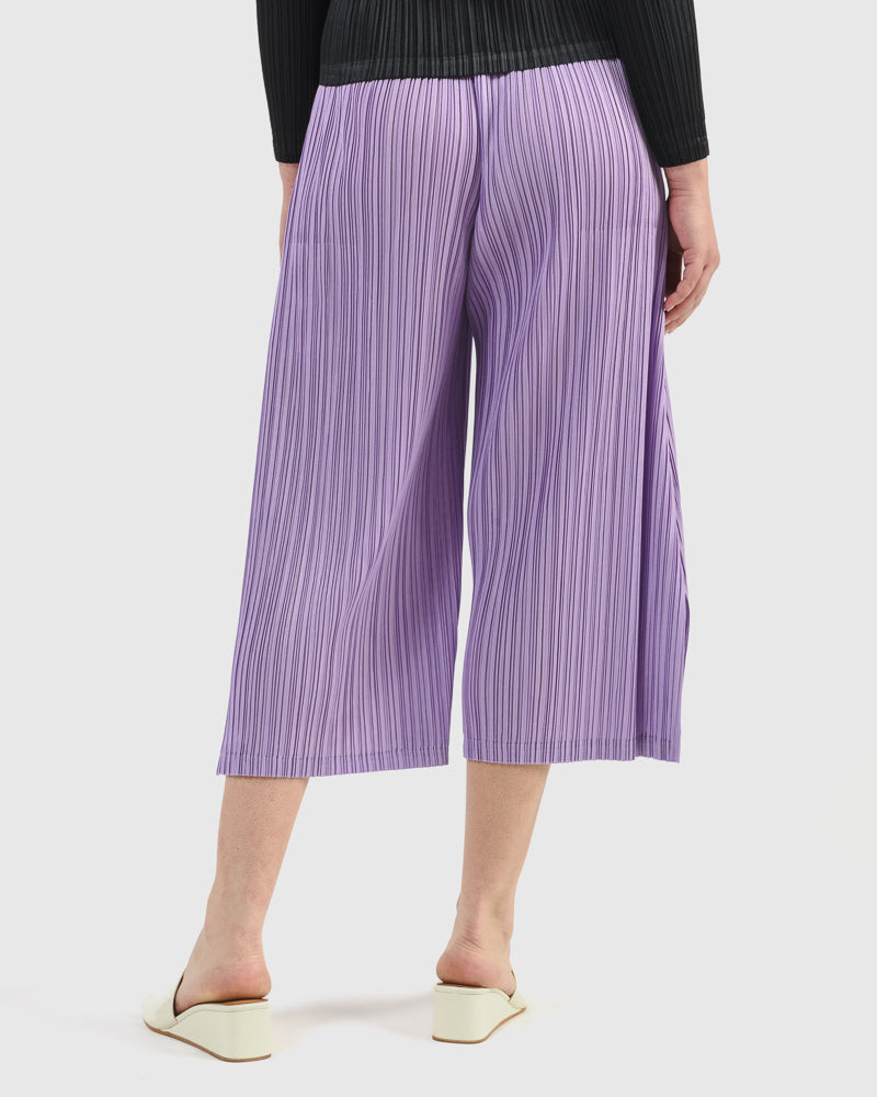 Mellow Pleats Pants in Lavender