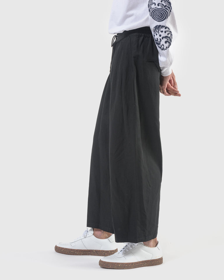 Kinpaku Wide Pants in Black