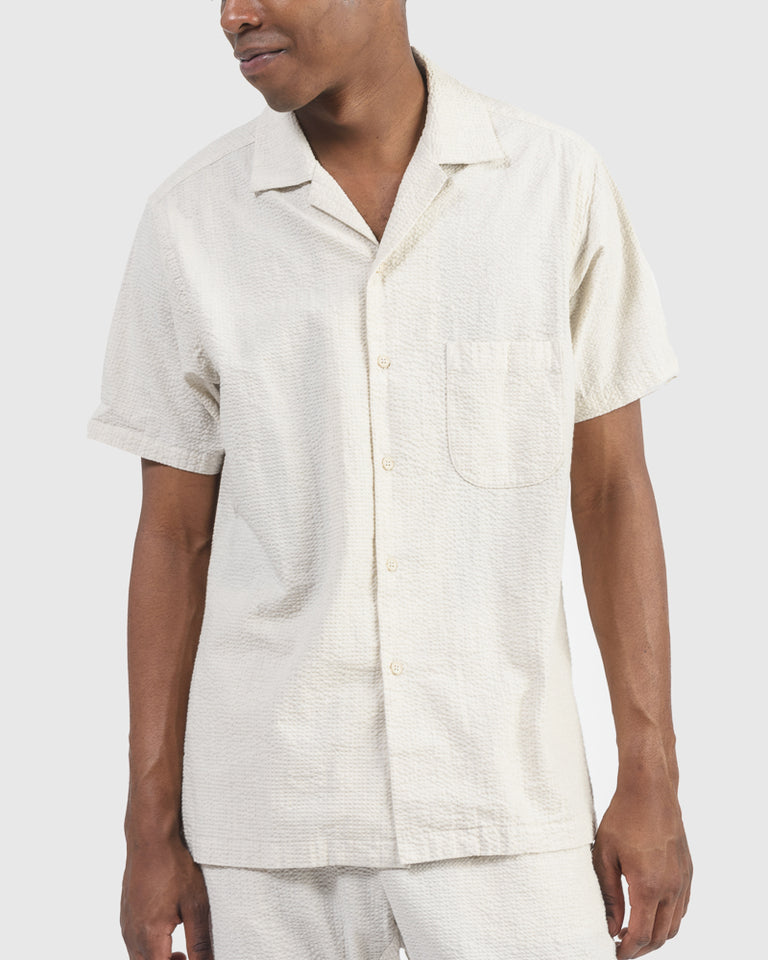 Seersucker Camp Shirt in Salt