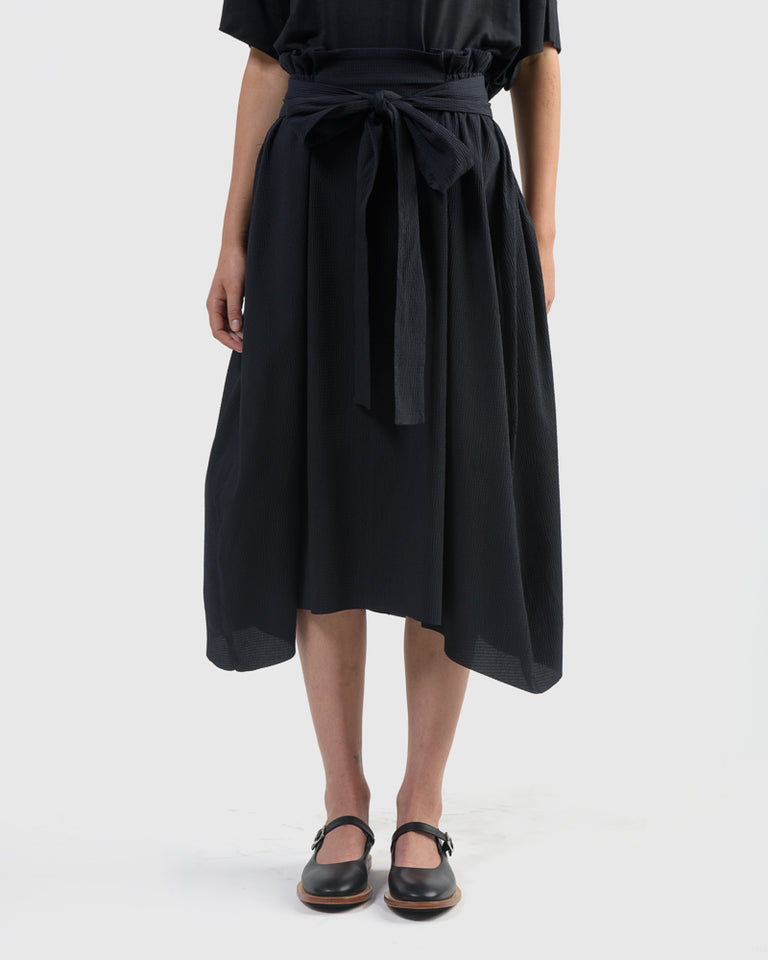 Exhale Skirt in Black