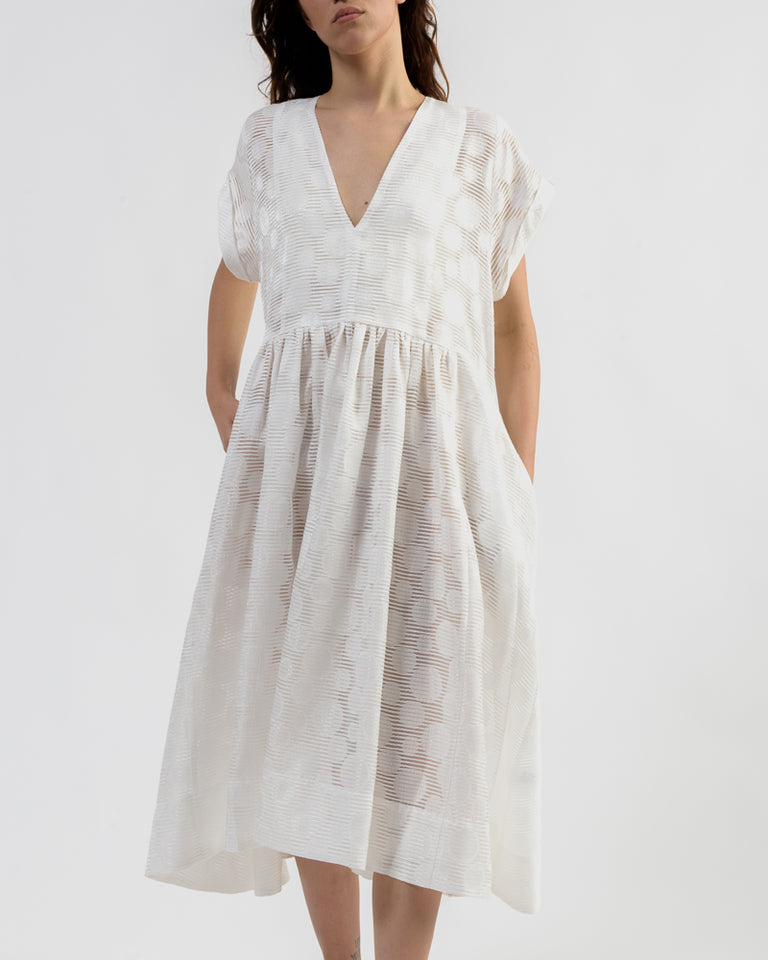 Very Dress in Off White Printed