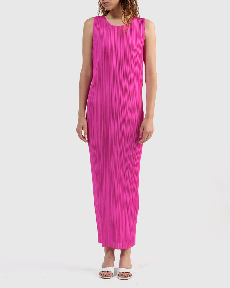 Basic Dress in Fuchsia