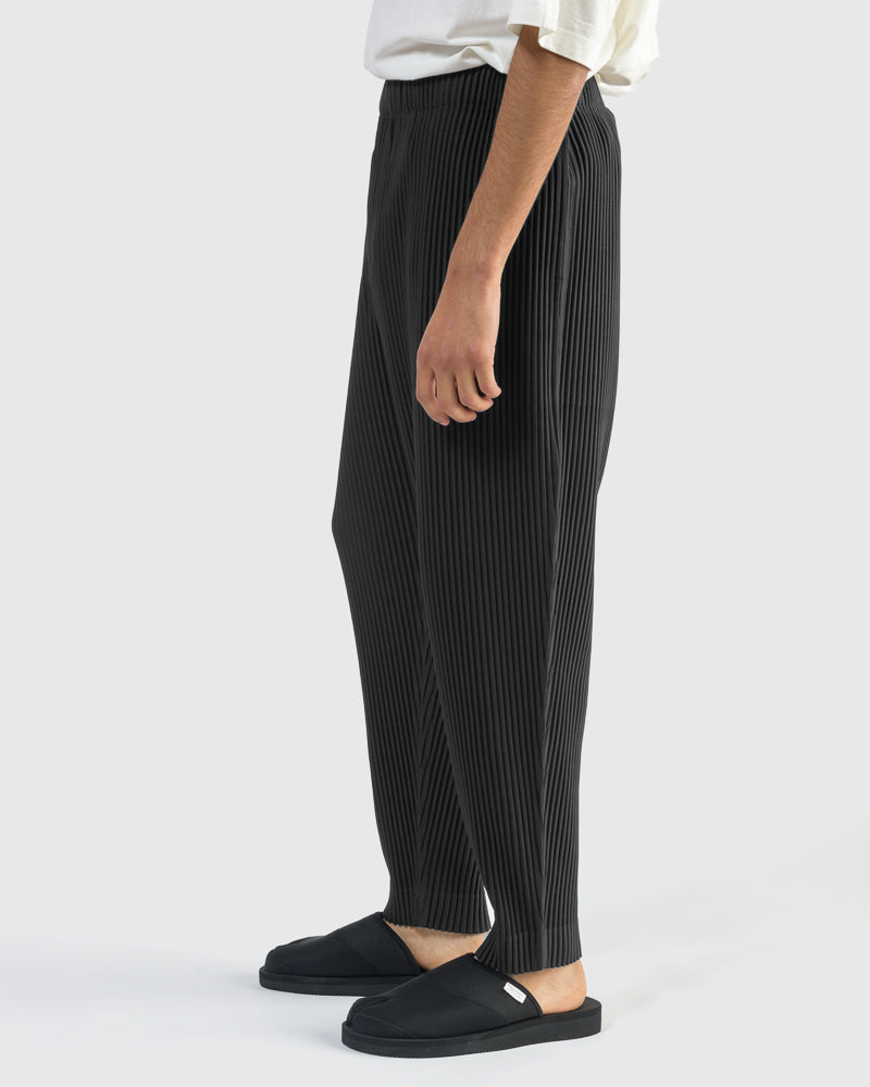 Pleated Bottoms in Black
