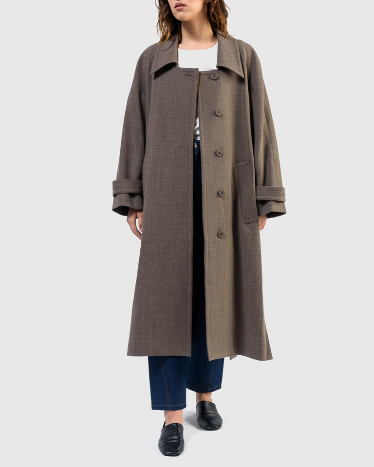 Low Collar Coat in Brown