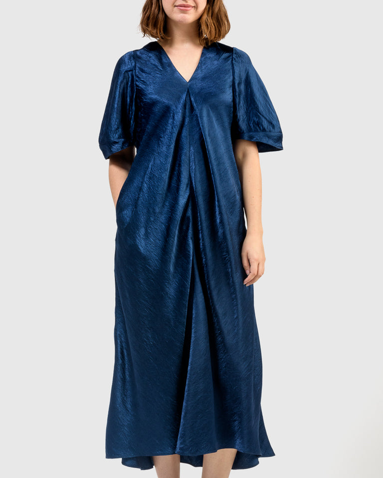 Azin Crinkle Satin Dress in Navy