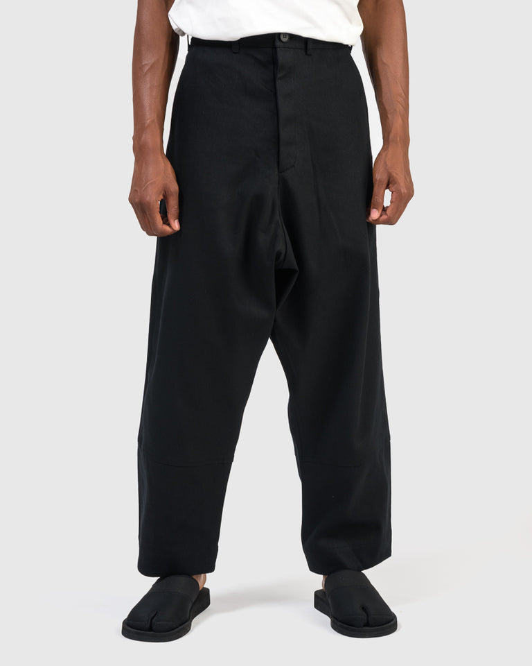 Loose Fit Trousers in Black