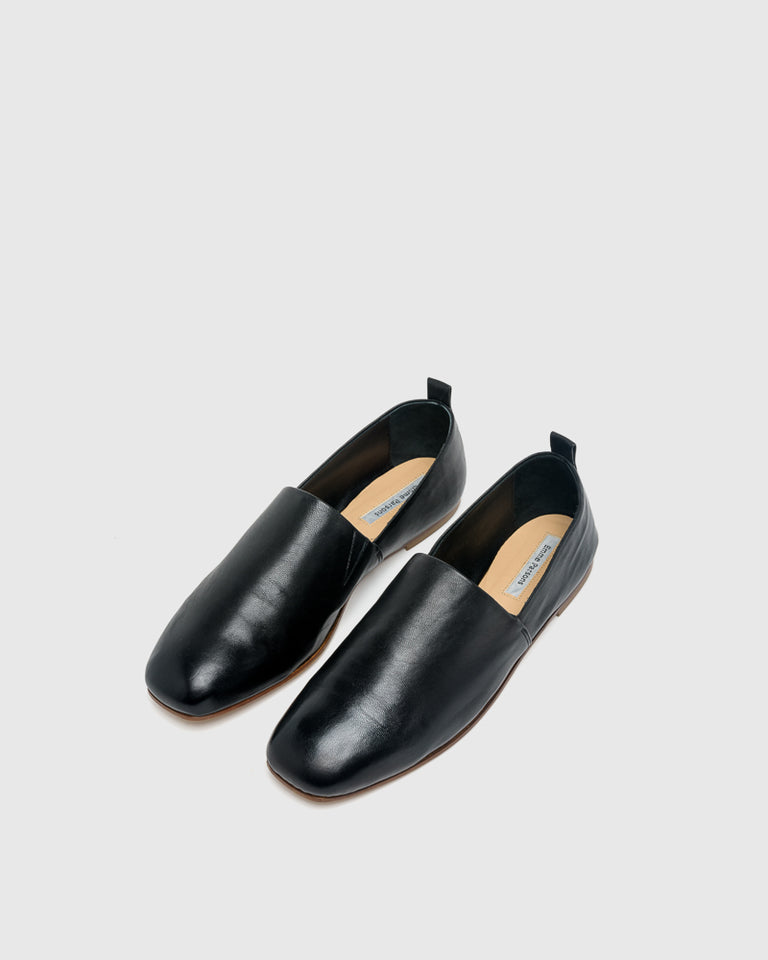 Soft Loafer in Black