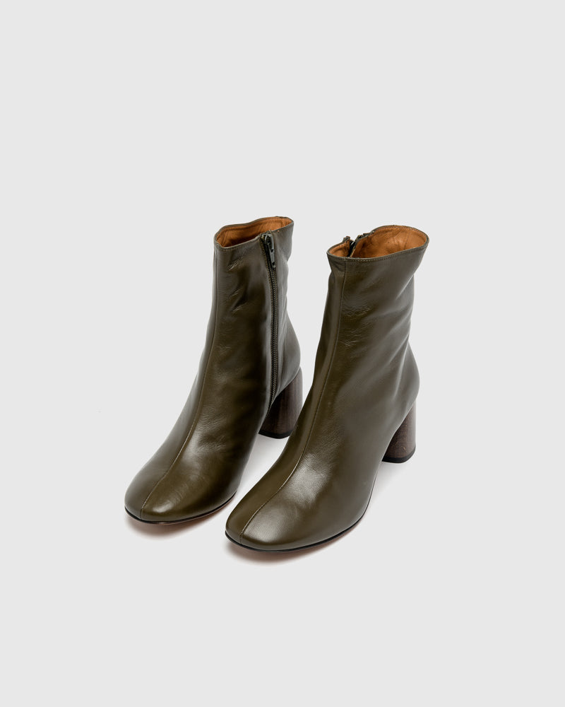 Georgia Round Toe Ankle Boots in Kaki