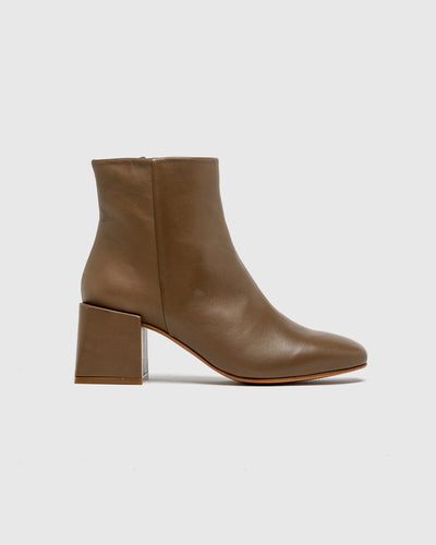 Lazaro Square Toe Leather Boots in Mink
