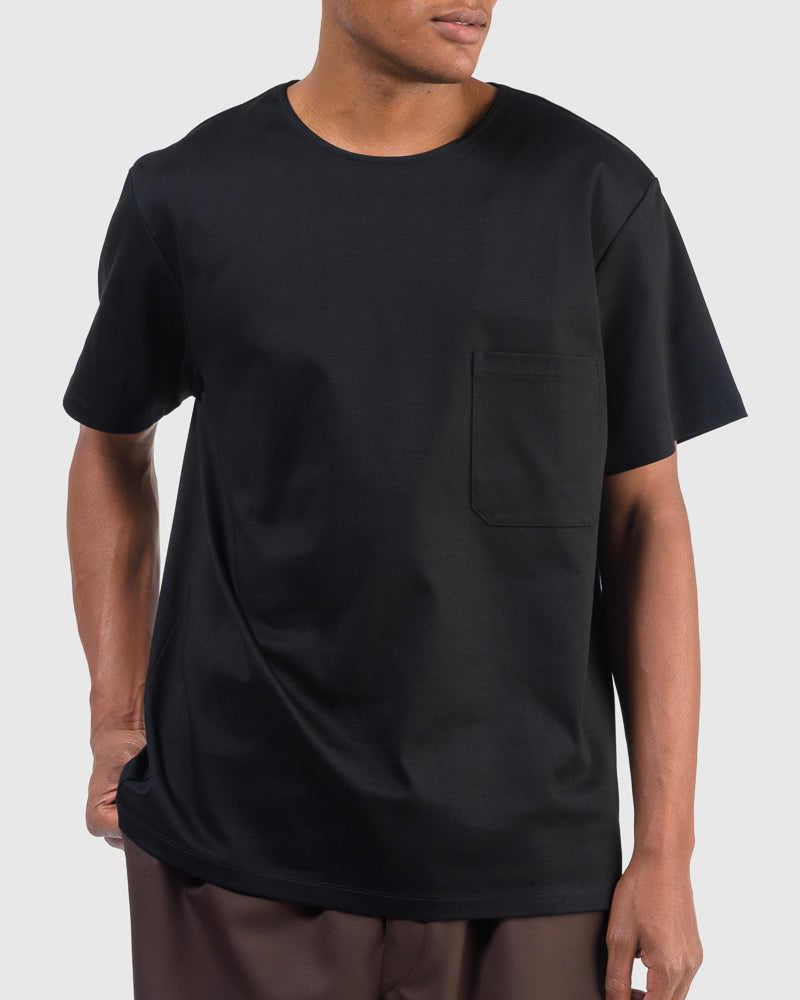 T-Shirt in Black