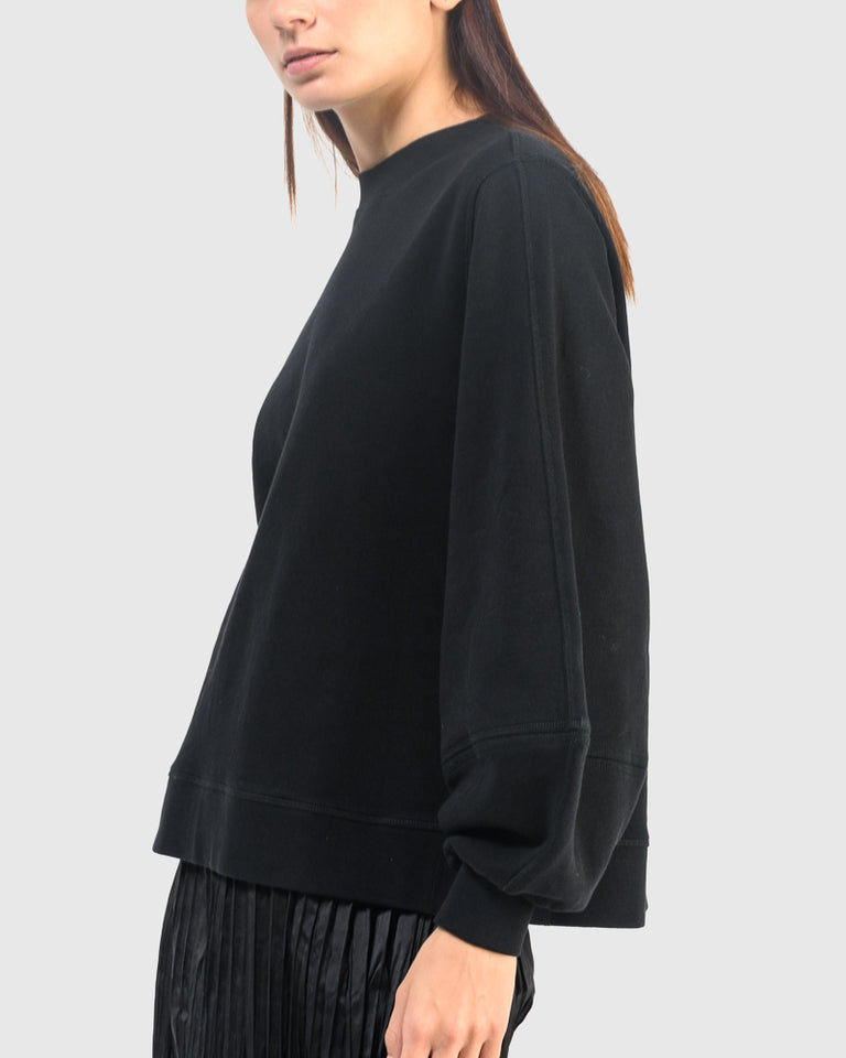 Isoli Sweater in Black