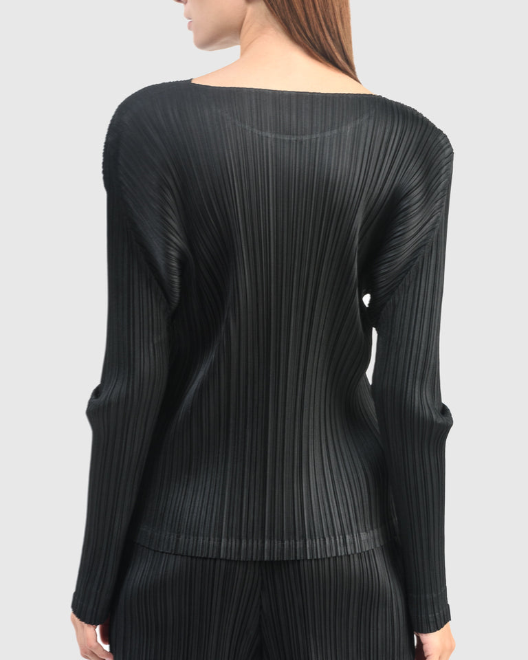 Dolman Sleeve Shirt in Black